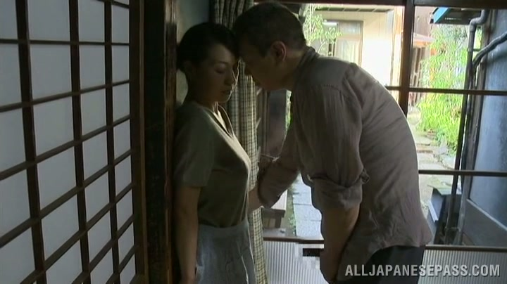 Japanese Wife Pussy Eating