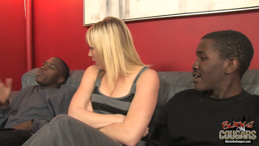 Amateur video black milf threesome