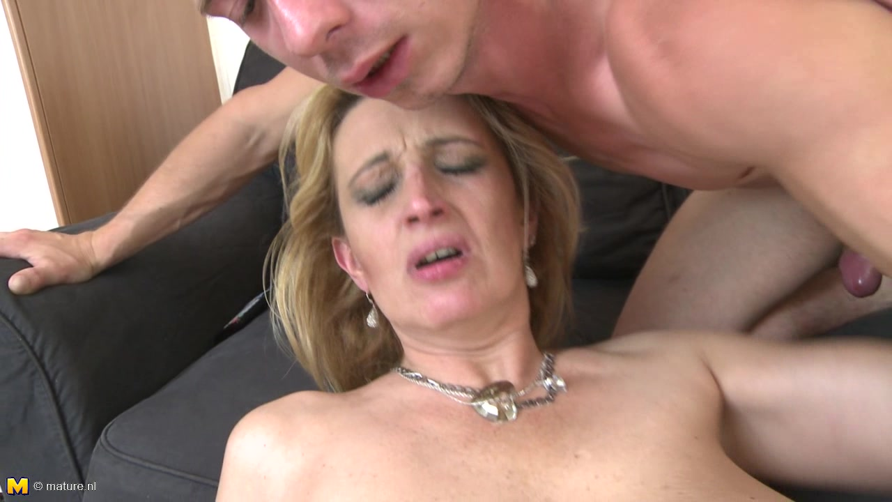 Amber Mature Porn her name is amber and she is glad to get spoonedher