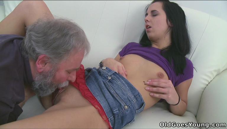 порно старик лижет пизду молодой