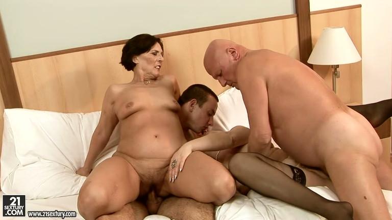 Mature foursome porn