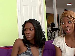 Trio con chicas Ebony