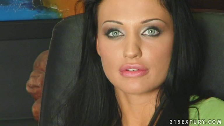 Алетта оушен кончили в рот167